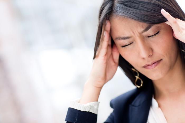 10 روش ساده برای درمان سردرد