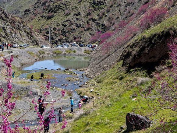 دره ارغوان مشهد در طرقبه، عکس
